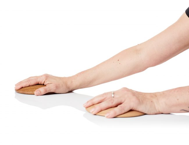 Makarlu hardwood base for hand and wrist exercises